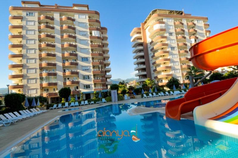 <b>AL-433 - Rooms :</b> 4 | <b>Bedrooms :</b> 3 | <b>Living Space :</b> 120m&#178; | <b>Year:</b> 2007 | <b>Price :</b>&euro; 129,000