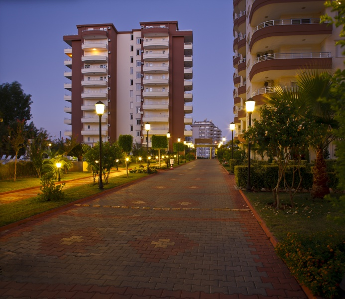 <b>AL-404 - Rooms :</b> 4 | <b>Bedrooms :</b> 3 | <b>Living Space :</b> 115m&#178; | <b>Year:</b> 2007 | <b>Price :</b>&euro; 125,000