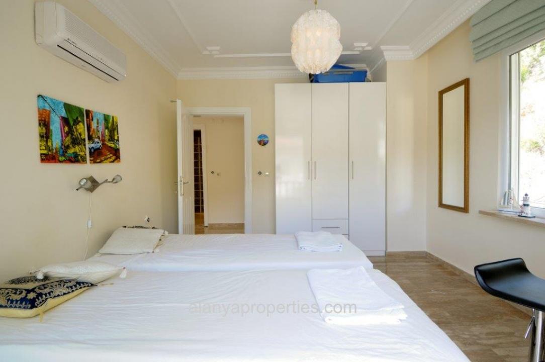 Gemeubileerde villa met uniek uitzicht te koop in alanya tepe - Gemeubileerde woonkamer ...