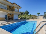Fully furnished private villa with a pool in Kargicak