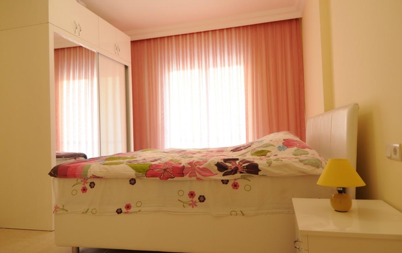 аренда квартир в махмутларе турция девушкой