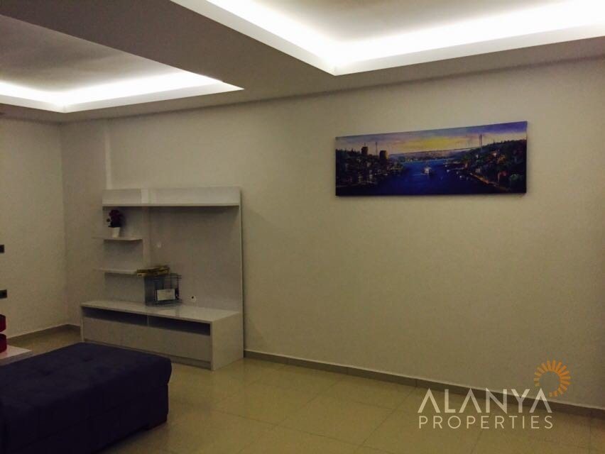 appartement enti rement meubl 2 chambres coucher vendre mahmutlar alanya. Black Bedroom Furniture Sets. Home Design Ideas