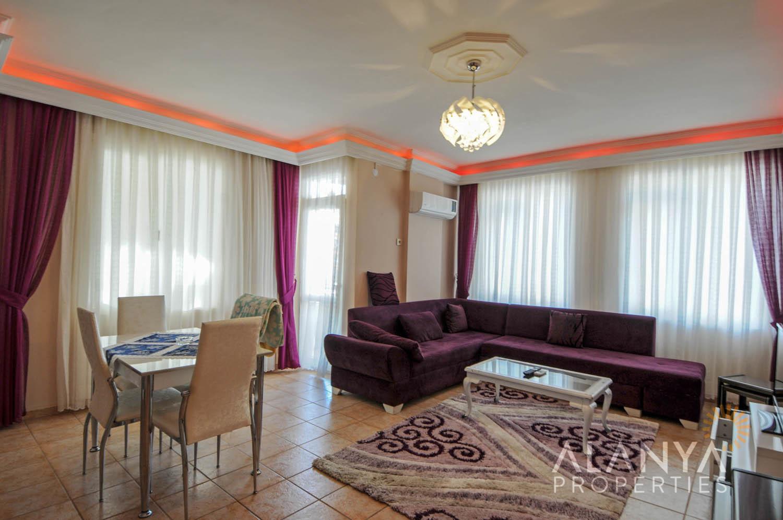 Confortable appartement d'une chambre à coucher dans le centre d'Alanya