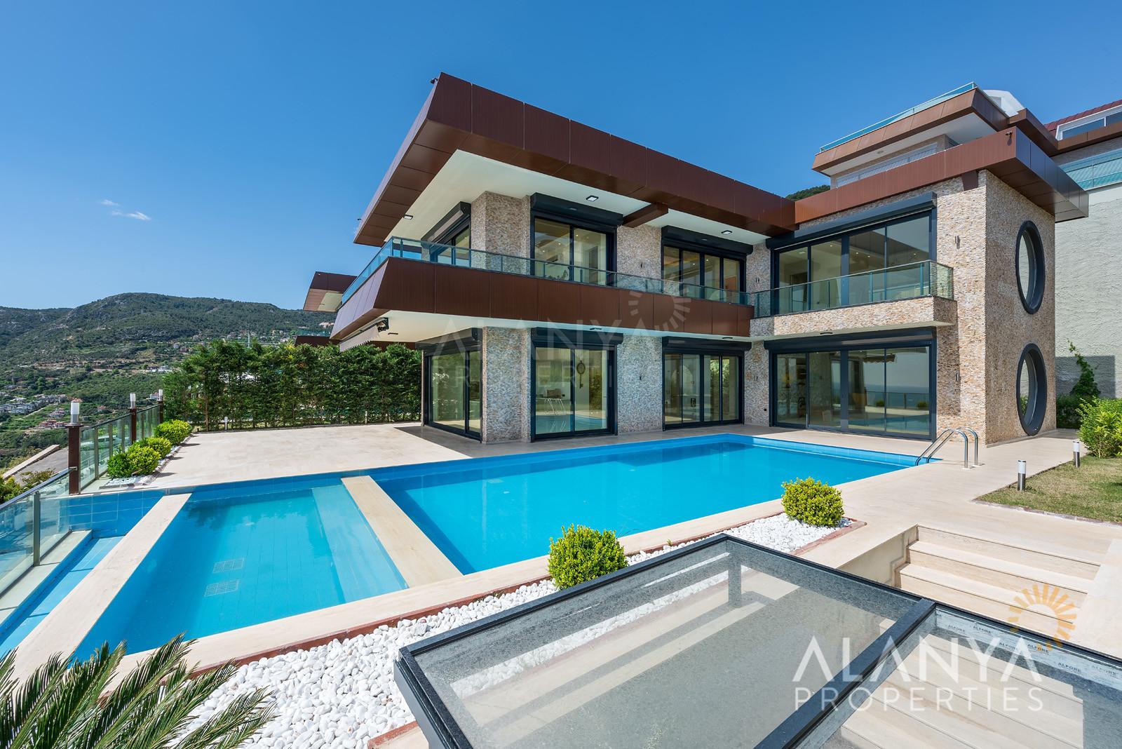 Exclusieve villa te koop in Alanya / Bektas