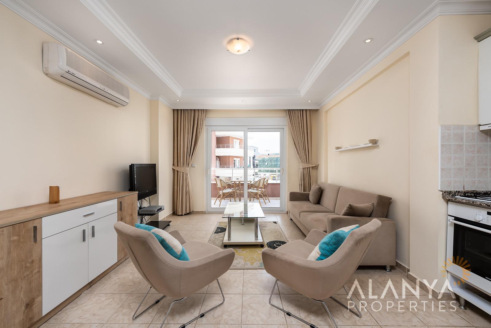 Gemeubileerd 2 slaapkamer appartement te  koop in Tosmur, Alanya