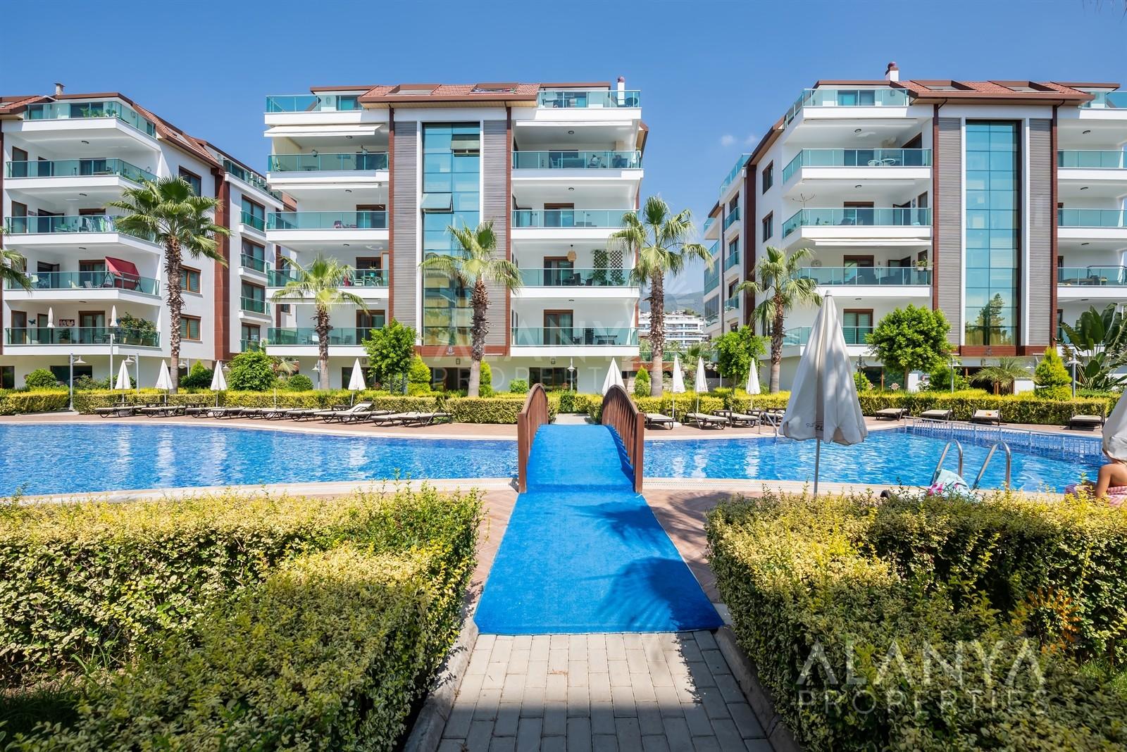 Luxe appartement te koop 2 slaapkamers in Oba, Alanya