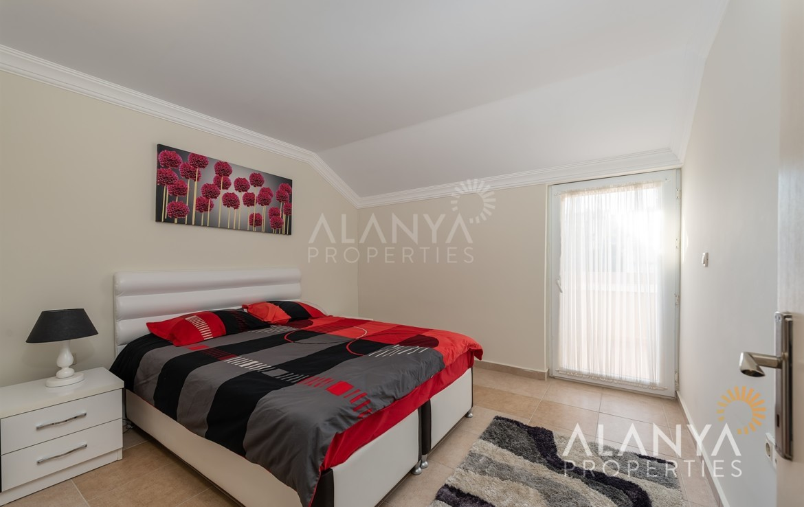 3 schlafzimmer penthaus zu verkaufen in avsallar alanya alanya properties. Black Bedroom Furniture Sets. Home Design Ideas