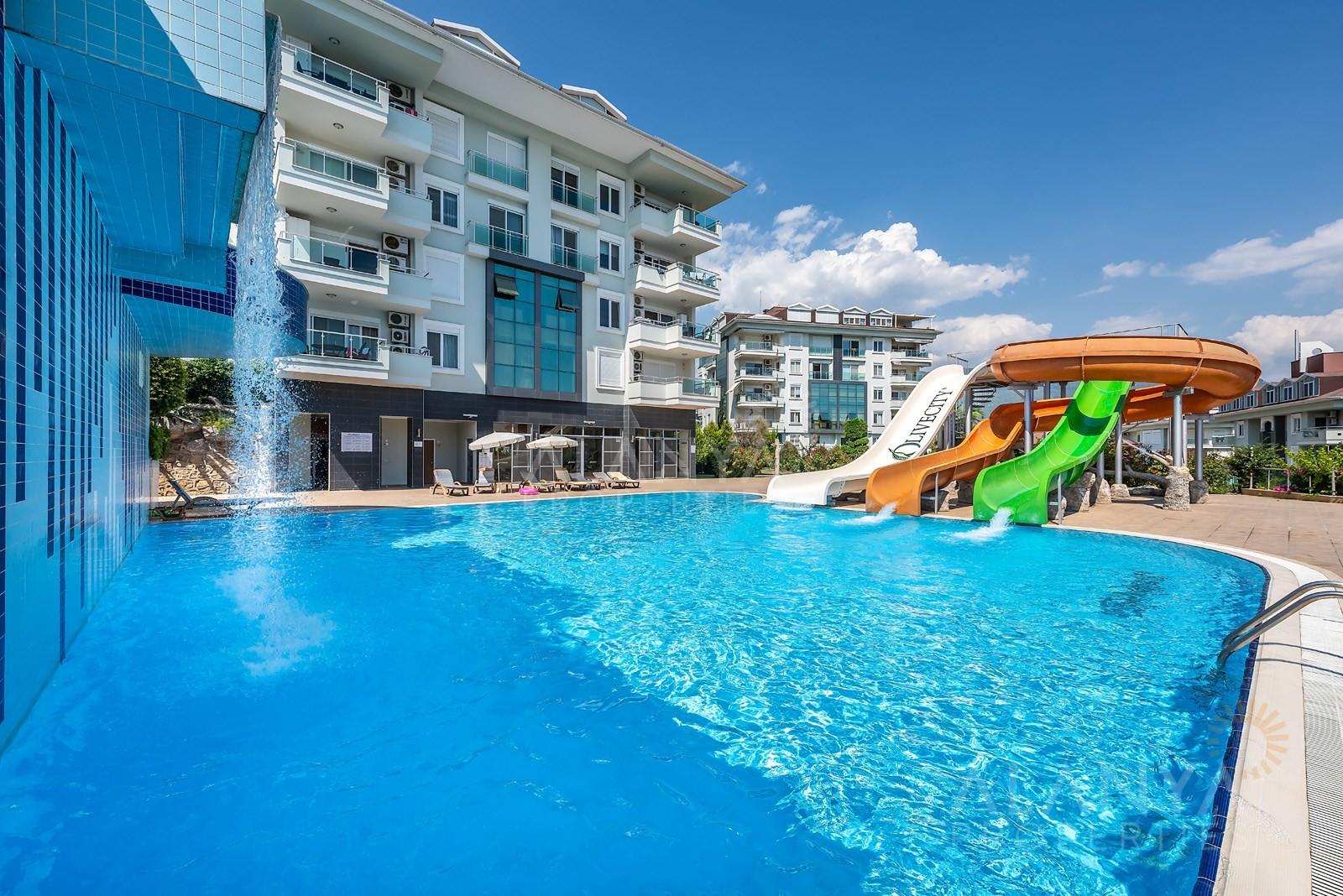 Superbe appartement moderne dans un complexe populaire à vendre à Cikcilli, Alanya.