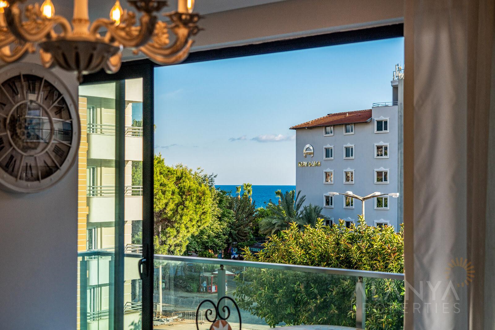 Appartement meublé de 3 chambres proche de la plage de Cléopâtre, Alanya