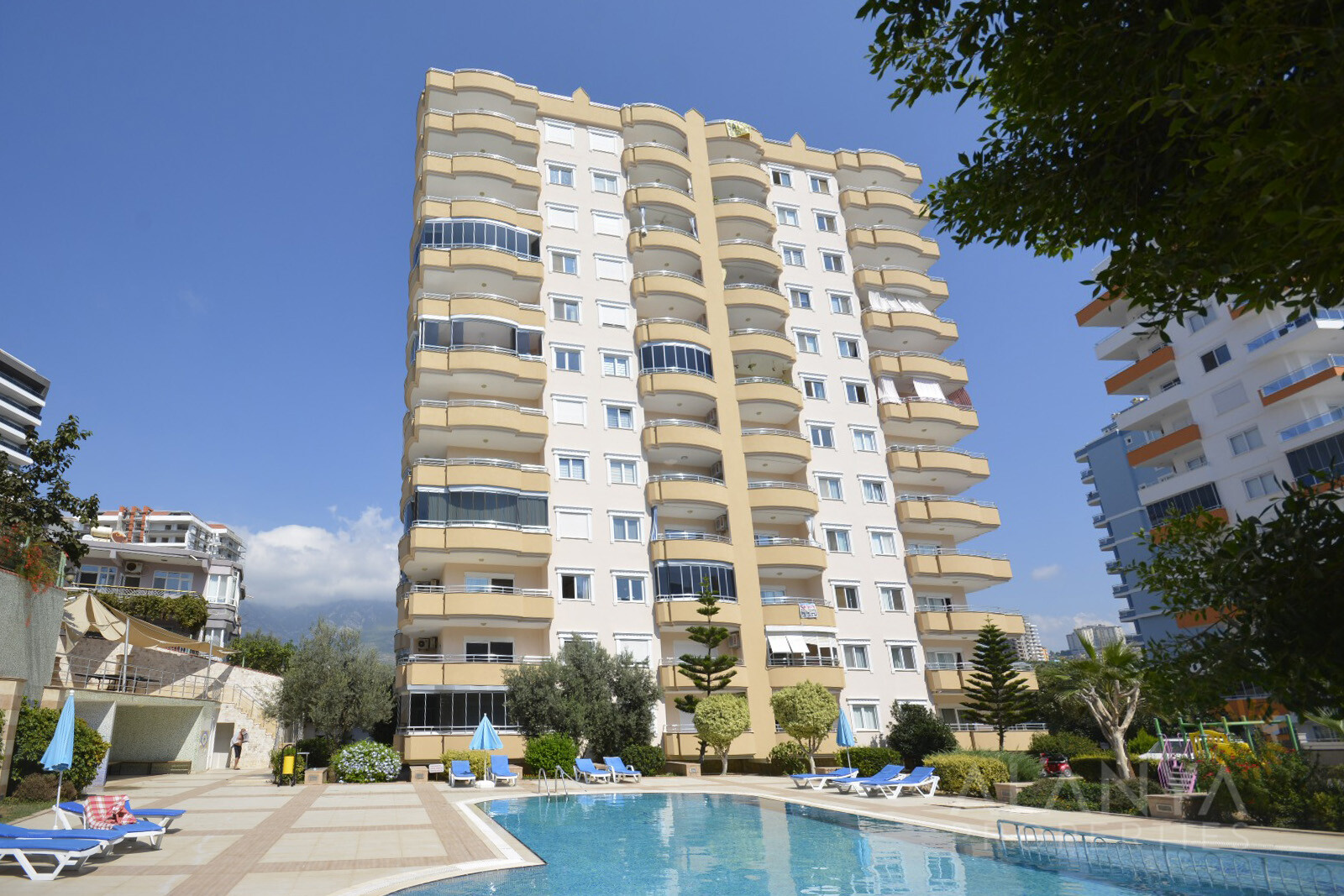 Appartement Complètement Meublé à Mahmutlar
