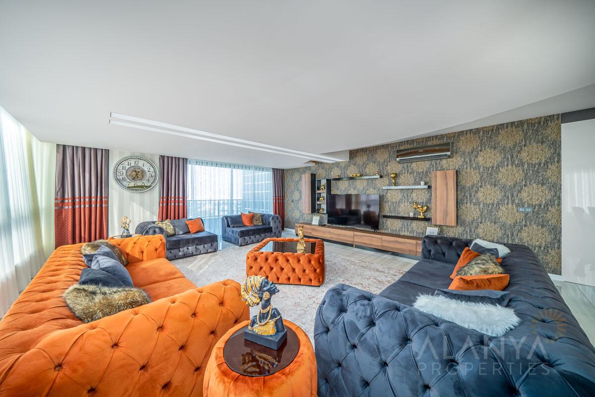 Magnifique Appartement Penthouse à Kargicak Alanya